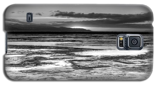 Galaxy S5 Case featuring the photograph Icy Bay At Sunset by Michele Cornelius