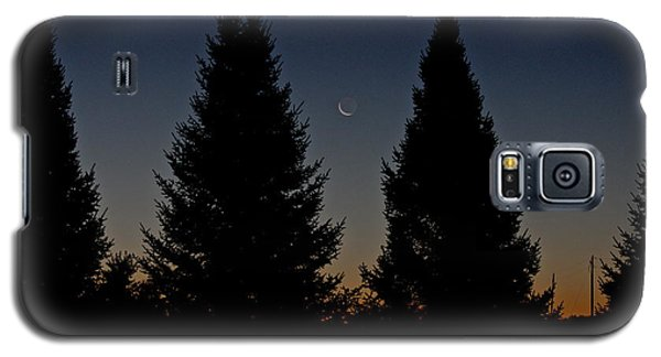 Galaxy S5 Case featuring the photograph Impending Sunrise by Penny Meyers