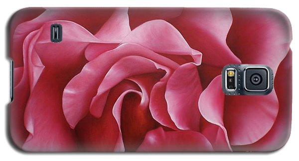 Galaxy S5 Case featuring the painting In The Heart Of A Rose by Paula L