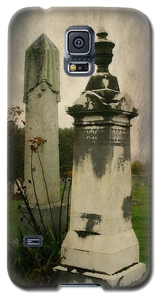 Galaxy S5 Case featuring the photograph In The Silence by Joan Bertucci