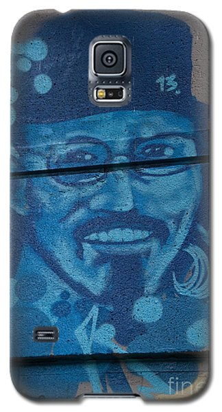 Galaxy S5 Case featuring the digital art Johnny On The Wall by Carol Ailles