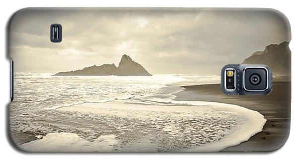 Karekare Beach In New Zealand Galaxy S5 Case