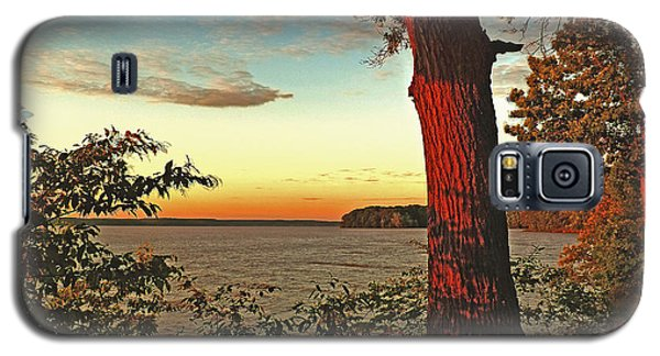 Galaxy S5 Case featuring the photograph Kentucky Lake Sunrise by William Fields