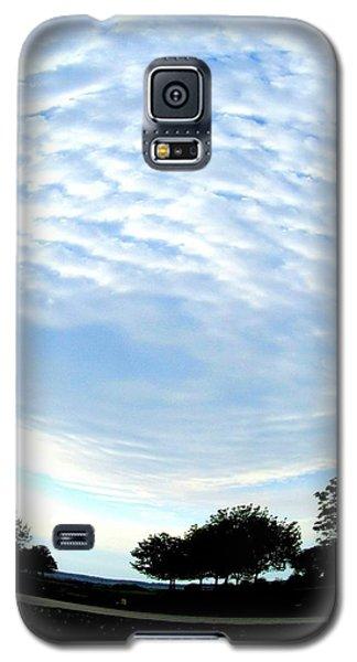 Galaxy S5 Case featuring the photograph La Terre Est Ronde by Danielle  Parent