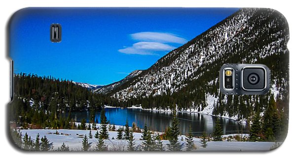 Galaxy S5 Case featuring the photograph Lake In The Mountains by Shannon Harrington