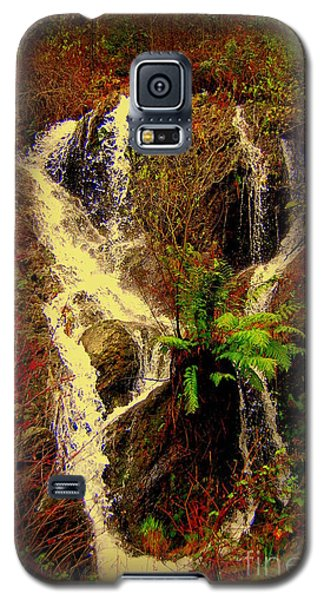 Lake Shasta Waterfall 3 Galaxy S5 Case