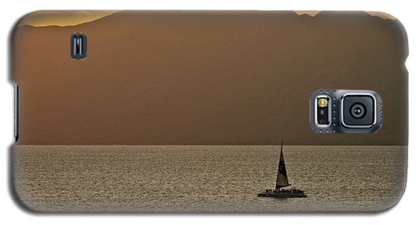 Late Afternoon Cruise In The Paniolo Channel Galaxy S5 Case by Kirsten Giving