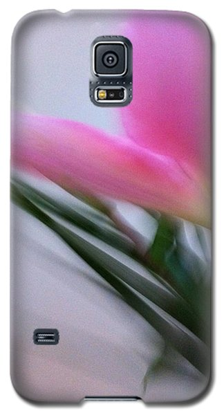 Lily In Motion Galaxy S5 Case