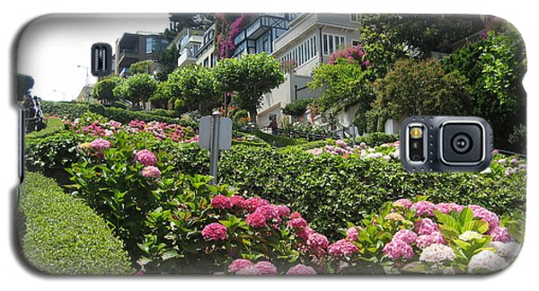 Galaxy S5 Case featuring the photograph Lombard Street by Dany Lison
