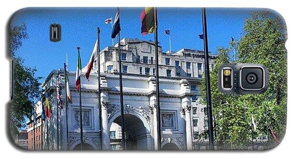 London Galaxy S5 Case - #london #hyepark #sunny #uk #england by Abdelrahman Alawwad