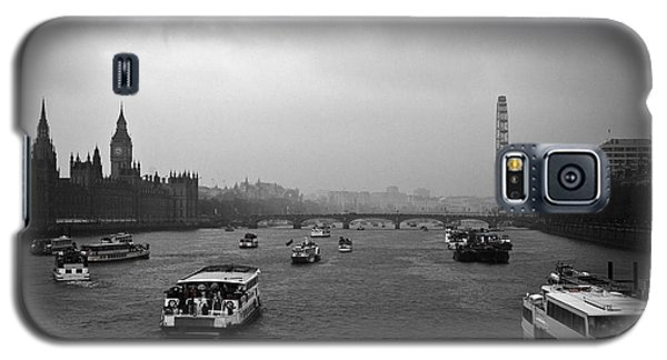 Galaxy S5 Case featuring the photograph London Jubilee 2012 by Lenny Carter