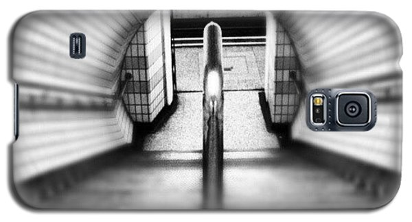 #london #uk May 2012| #underground Galaxy S5 Case