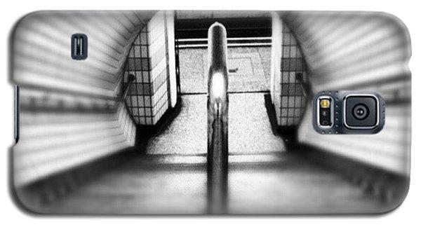 London Galaxy S5 Case - #london #uk May 2012| #underground by Abdelrahman Alawwad