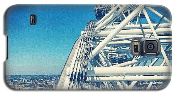 Follow Galaxy S5 Case - #londoneye #sky #clouds #high #london by Abdelrahman Alawwad