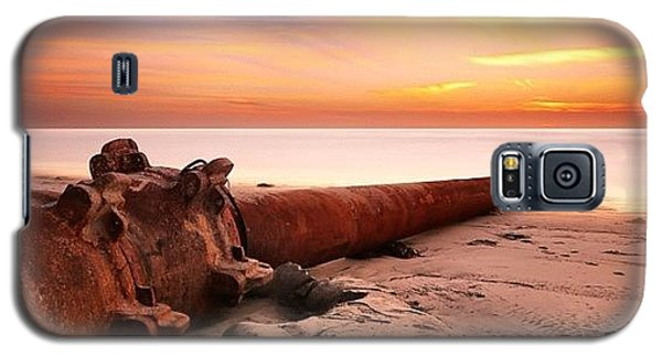 Long Exposure Sunset At Cardiff State Galaxy S5 Case by Larry Marshall