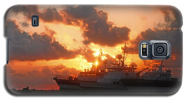 Louisiana Sunset In Port Fourchon Galaxy S5 Case by Luana K Perez