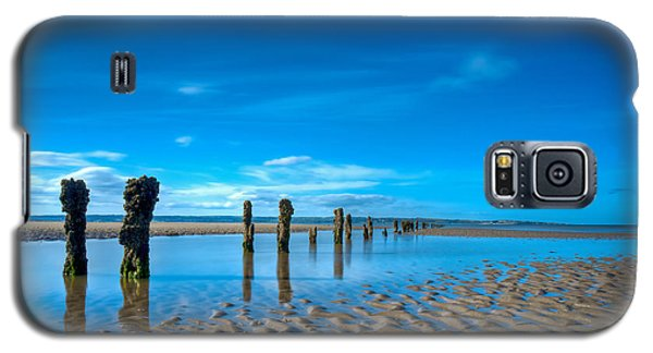 Galaxy S5 Case featuring the photograph Low Tide by Beverly Cash