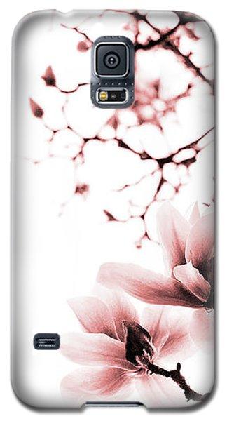 Magnolia - Monochrome Galaxy S5 Case by Laura Melis