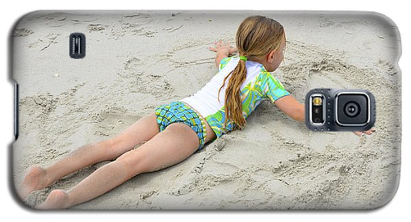 Galaxy S5 Case featuring the photograph Making A Sand Angel by Maureen E Ritter
