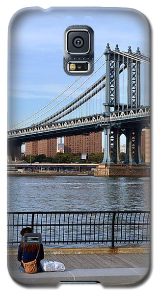 Galaxy S5 Case featuring the photograph Manhattan Bridge2 by Zawhaus Photography