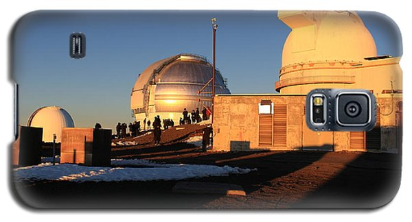 Galaxy S5 Case featuring the photograph Mauna Kea Observatories by Scott Rackers