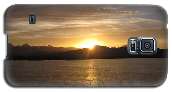 Galaxy S5 Case featuring the photograph Mexican Sunset by Marilyn Wilson