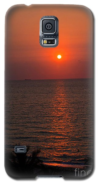 Galaxy S5 Case featuring the photograph Miami Sunrise by Pravine Chester