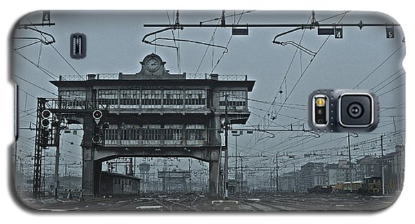 Galaxy S5 Case featuring the photograph Milan Central Station Italy In The Fog by Andy Prendy