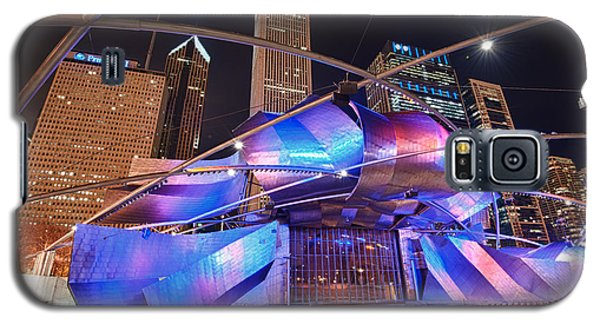 Galaxy S5 Case featuring the photograph Millennium Park by Sebastian Musial