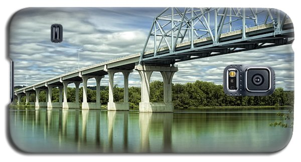 Galaxy S5 Case featuring the photograph Mississippi River At Wabasha Minnesota by Tom Gort