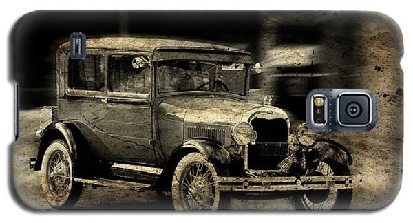 Galaxy S5 Case featuring the photograph Model T No. 2 by Janice Adomeit