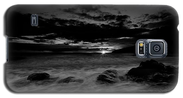 Galaxy S5 Case featuring the photograph Monochrome Sunset  by Beverly Cash