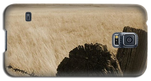 Galaxy S5 Case featuring the photograph Montana Vista by Bruce Patrick Smith