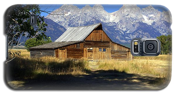 Galaxy S5 Case featuring the photograph Mormon Row Barn by Marty Koch