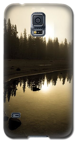 Galaxy S5 Case featuring the photograph Morning Calm by Randy Wood