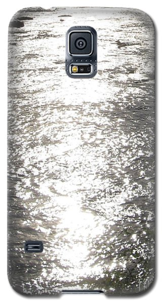 Galaxy S5 Case featuring the photograph Morning On The River by Nancy Dole McGuigan