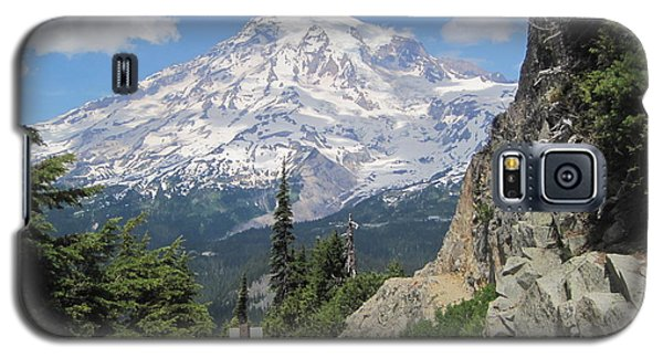 Mount Rainier From The Pinnacle Peak Trail Galaxy S5 Case by Karen Molenaar Terrell