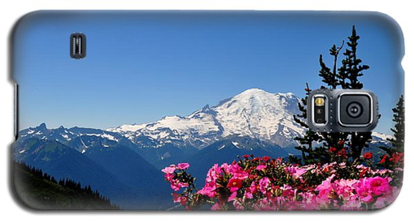 Galaxy S5 Case featuring the photograph Mount Rainier Seen From Crystal Mountain Summit  2 by Tanya  Searcy