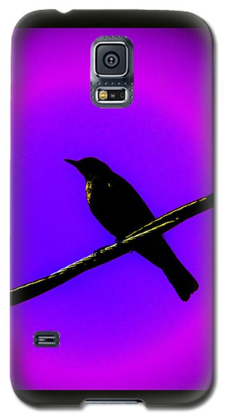 Galaxy S5 Case featuring the photograph New Mu Robin by Susanne Still