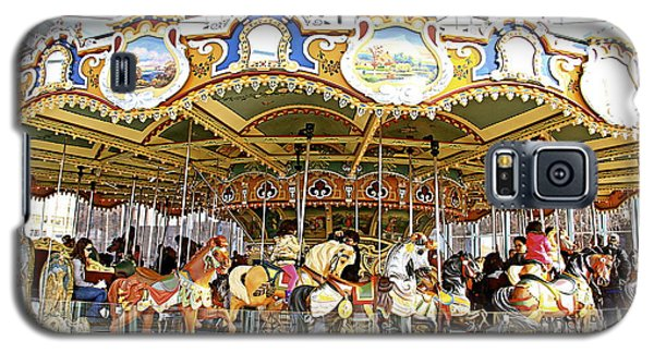 Galaxy S5 Case featuring the photograph New York Carousel by Alice Gipson