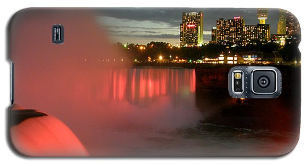 Galaxy S5 Case featuring the photograph Niagara Falls At Night by Mark J Seefeldt