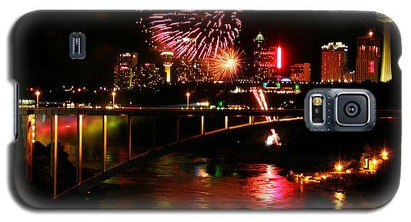 Niagara Falls Fireworks Galaxy S5 Case by Mark J Seefeldt