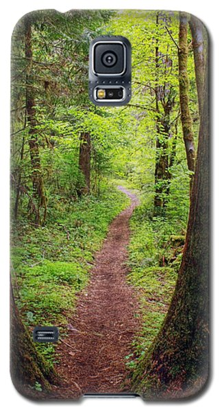 Galaxy S5 Case featuring the photograph North Umpqua Trail by Tyra  OBryant