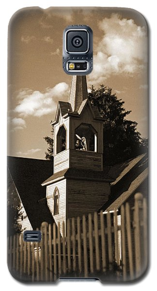 Galaxy S5 Case featuring the photograph Ol' Church On The Hill by Randall  Cogle