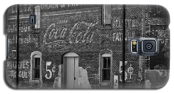 Old Building In Salisbury Nc Galaxy S5 Case by Wilma  Birdwell