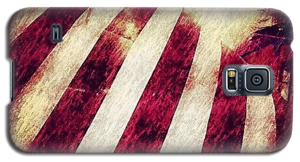 Patriotic Galaxy S5 Case - Old Glory - July 4, 2012 by Paul Cutright