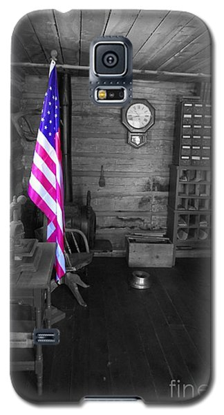Galaxy S5 Case featuring the photograph Old Glory by Deniece Platt