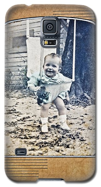 Old Photo Of A Baby Outside Galaxy S5 Case