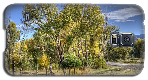 Galaxy S5 Case featuring the photograph Old Ranch Near Bishop by Michele Cornelius