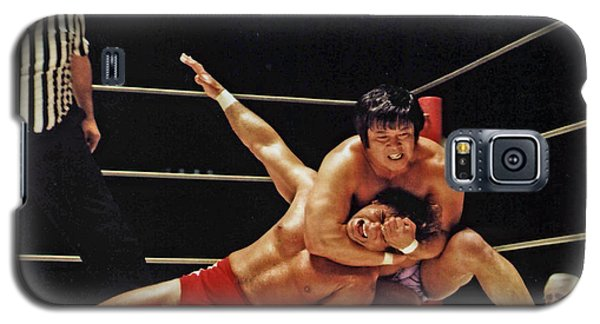 Galaxy S5 Case featuring the photograph Old School Wrestling Headlock By Dean Ho On Don Muraco by Jim Fitzpatrick